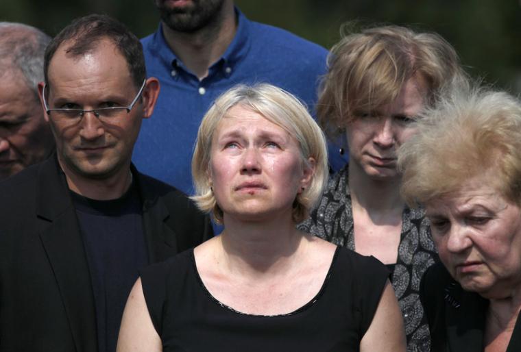 Алена Притула на похоронах Павла Шеремета