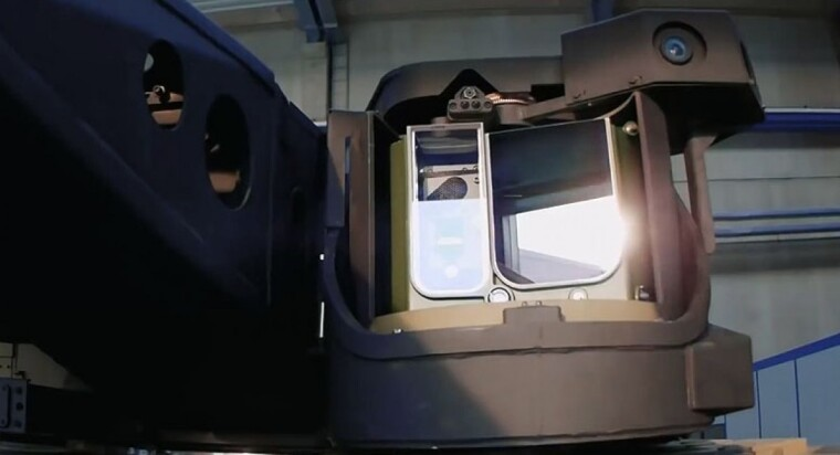 Стабілізований оптико-електронний приціл Rheinmetall SEOSS на надсучасному бойовому модулі Lance