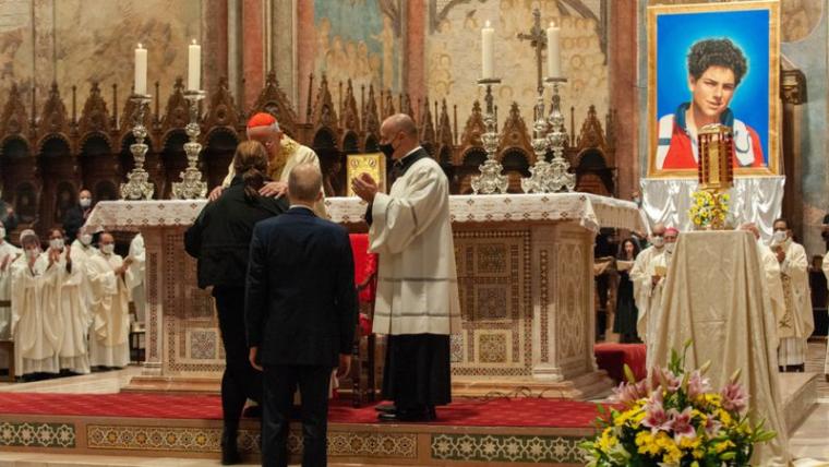 Цремонія беатифікації італійського программістп Карло Акутіса