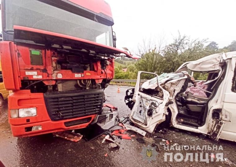 Авария произошла в полдень 21 июля в Делятине