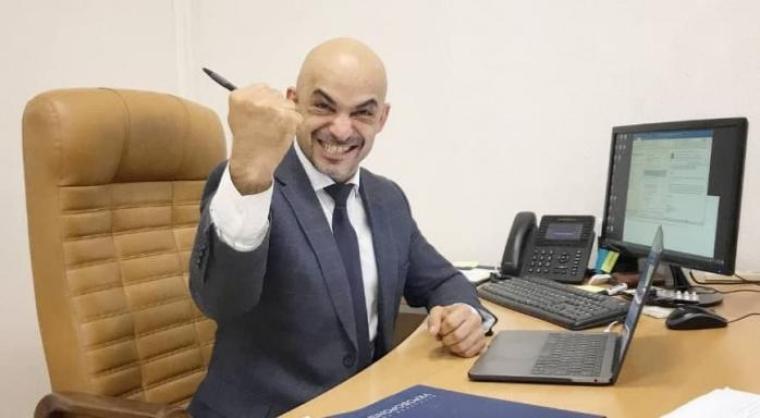 Мустафа Найєм в робочому кабінеті/racurs.ua