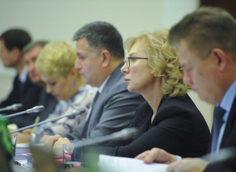 Людмила Денісова на засіданні Кабміну, 2014 рік