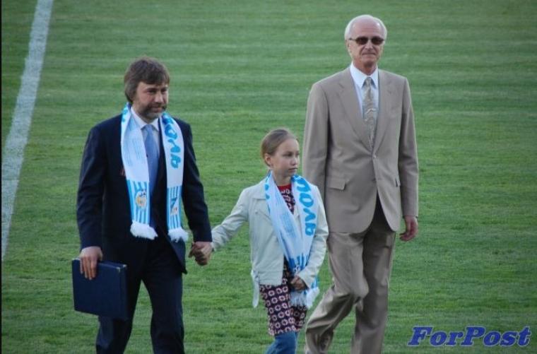 Вадим Новинский с дочкой