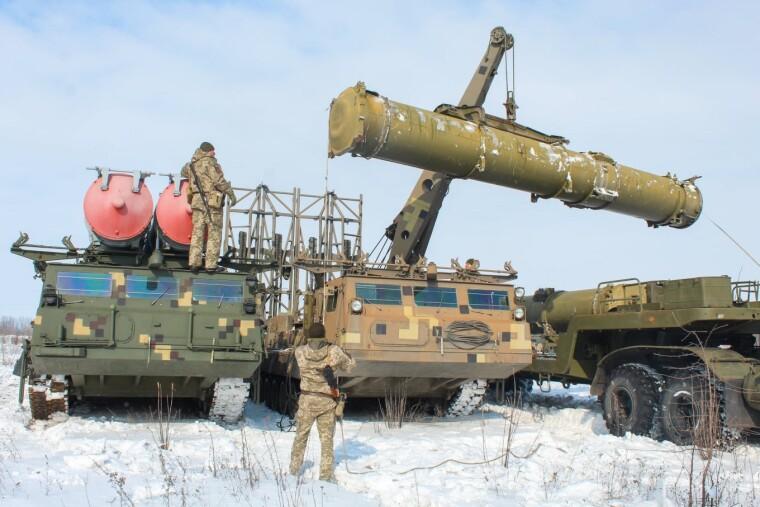 Учения дивизиона ЗРС С-300В1