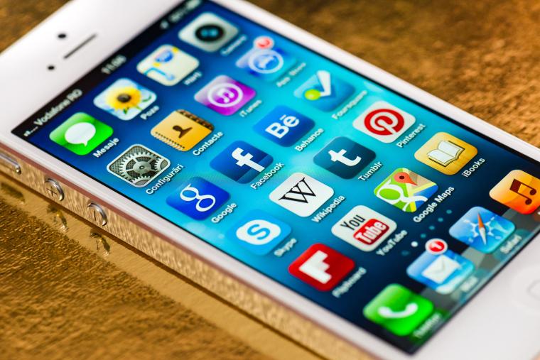 Платить НДС в Украине будут те компании-нерезиденты, объем продаж электронных услуг на территории Украины которых превышает 1 млн грн в год