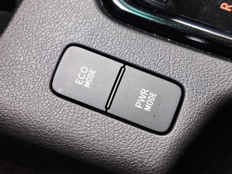 кнопки управления Hilux