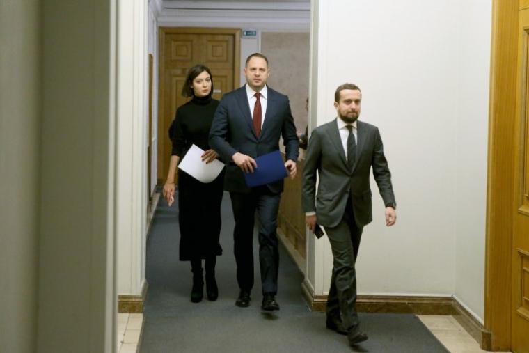 Керівник Офісу президента України Андрій Єрмак та заступник голови АПУ Кирило Тимошенко