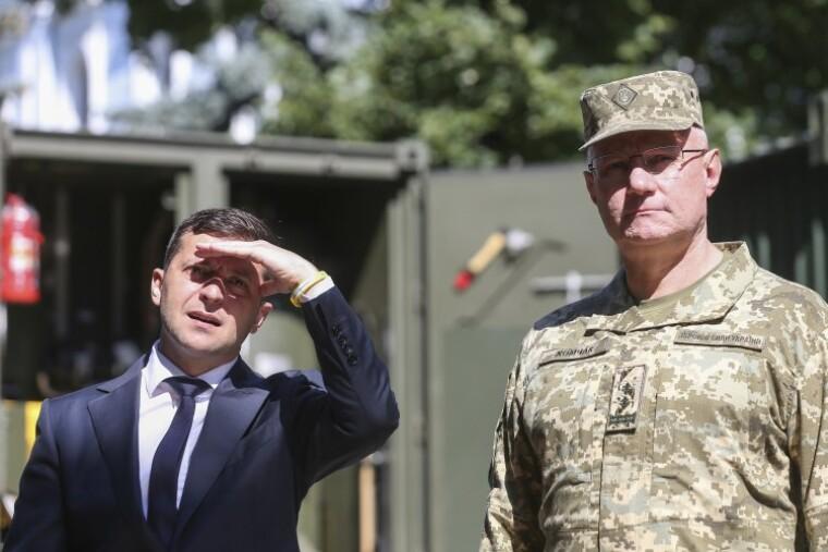 фотография руслана хомчака и владимира зеленского