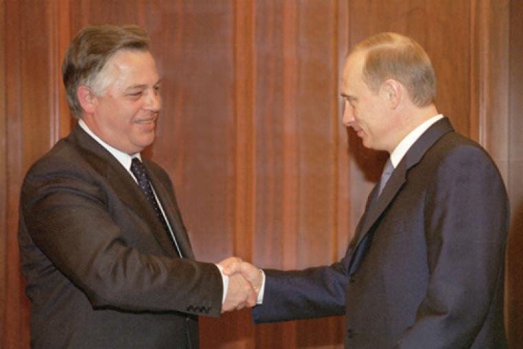 Петро Симоненко та Володимир Путін під час зустрічі в Кремлі, 2002 р.