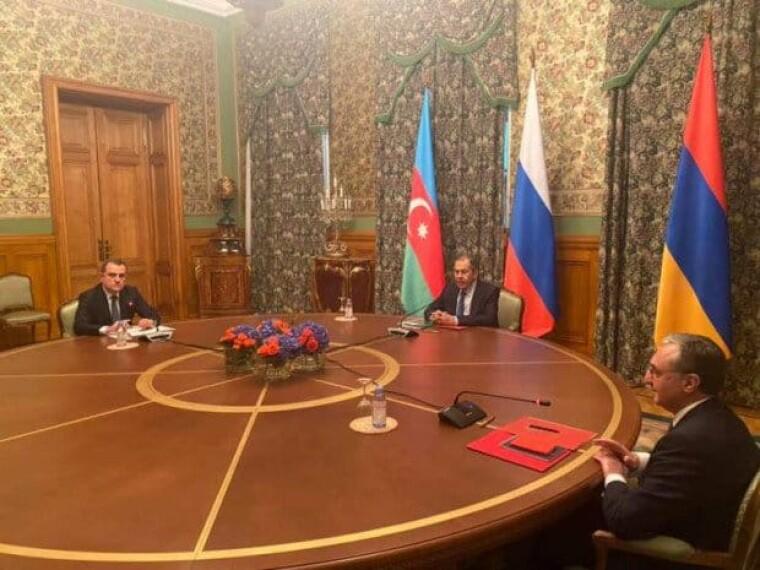 В Москве начались переговоры министров иностранных дел Азербайджана и Армении по вопросу конфликта в Нагорном Карабахе