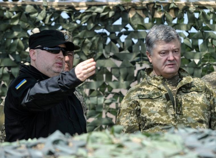 Секретар РНБО Олександр Турчинов та президент України Петро Порошенко, 2018 р