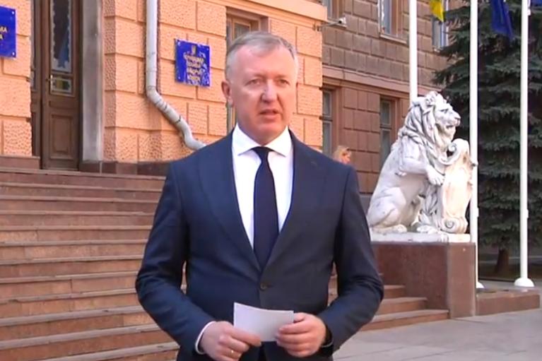 """Голова Чернівецької ОДА заявив, що область поки не може вийти з """"червоної"""" зони"""