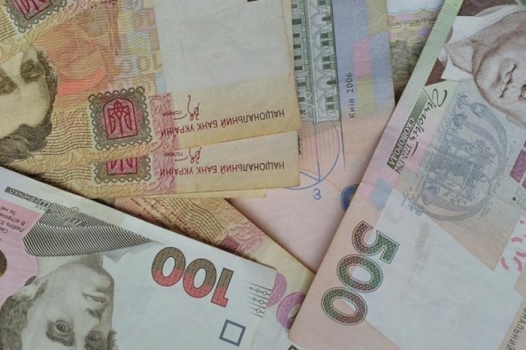 Украинцам до конца года еще несколько раз повысят пенсии