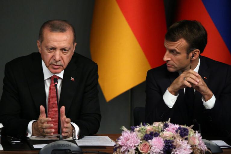 Психіатр для президента Франції. Навіщо Ердоган посварився з Макроном