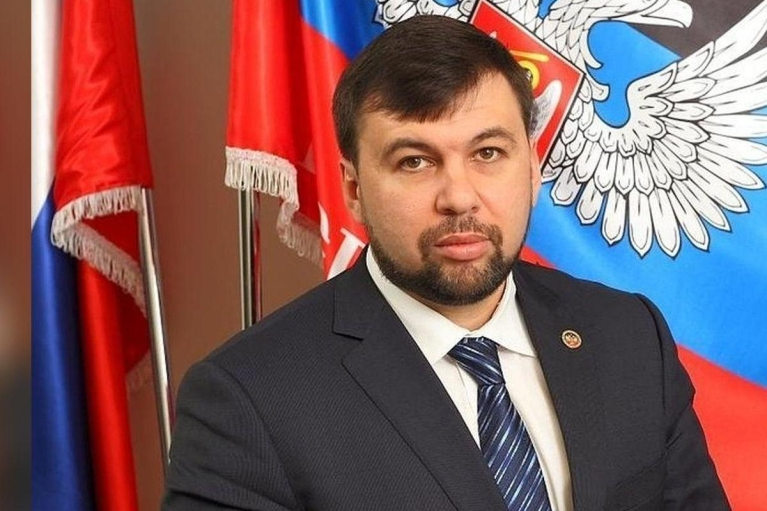 """Ватажок """"ДНР"""" анонсував військові """"навчання"""": терміни й цілі проведення"""