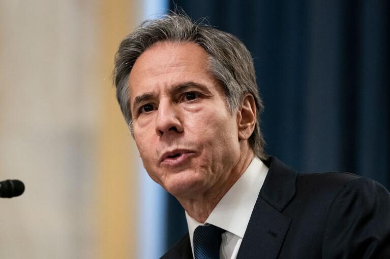 Госсекретарь США без предупреждения прибыл в Афганистан