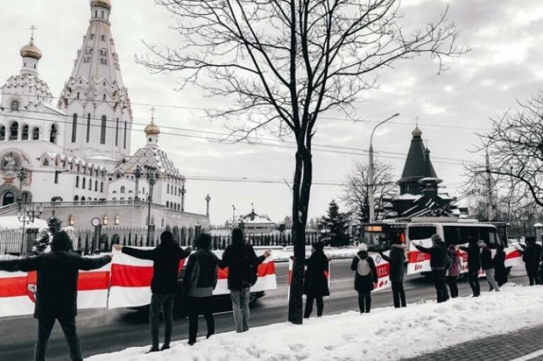 Нові протести в Білорусі: за суботу півтори сотні затриманих (ФОТО, ВІДЕО)