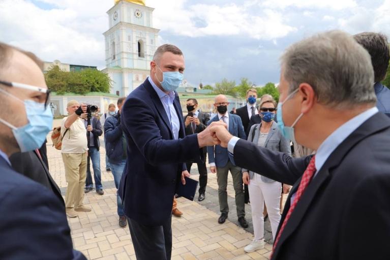 """""""Семья для Украины – это большая европейская семья"""", – Кличко встретился с послами 20 стран Европы"""