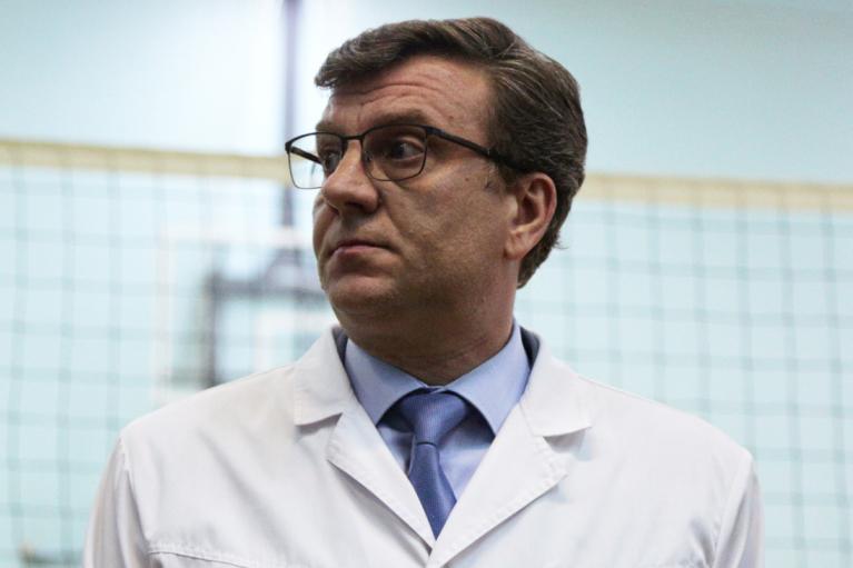 Исчез бывший главврач Омской больницы, куда после отравления привезли Навального