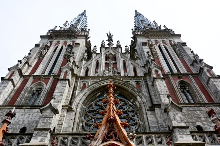 134 транзакції по копійці. Як живе костел Святого Миколая після пожежі і чи вистачить грошей на його ремонт
