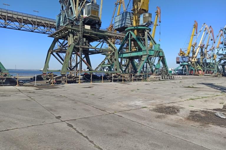В порту Николаева подтвердили разгрузку нескольких тысяч тонн аммиачной селитры (ФОТО)