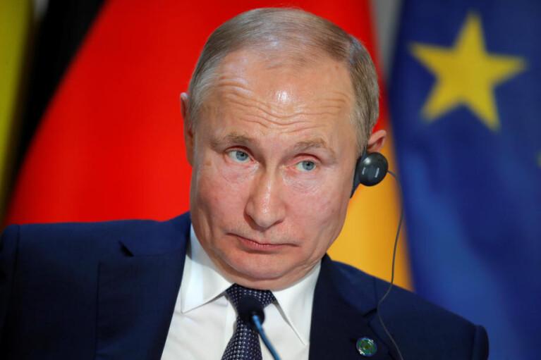 """Весняний злив. Навіщо Путін підриває """"Нормандію"""" і """"Мінськ"""""""
