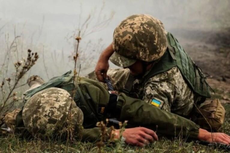Боевики за минувшие сутки 16 раз обстреляли ВСУ: двое военных погибли, один ранен