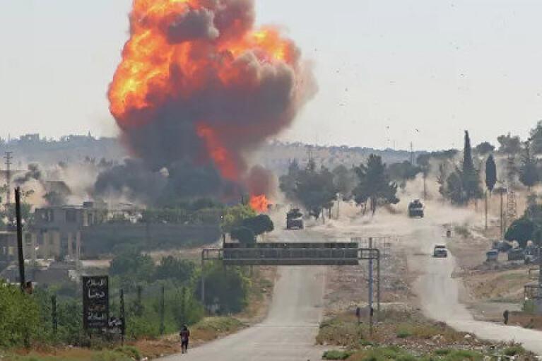 В Сирии взорвали колонну российских военных (ВИДЕО)