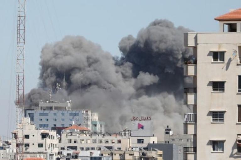 ООН и США обеспокоены из-за удара Израиля по редакциям СМИ в секторе Газа