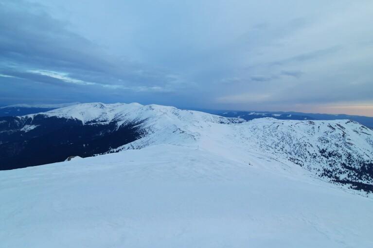 На горі Піп Іван Чорногірський — нарешті плюсова температура