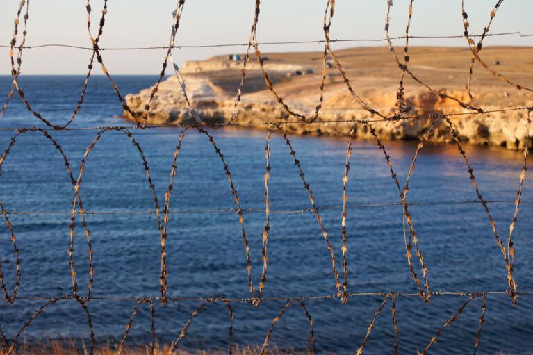 Крым, Amazon и разруха. Что осталось на полуострове от крупнейших мировых сервисов