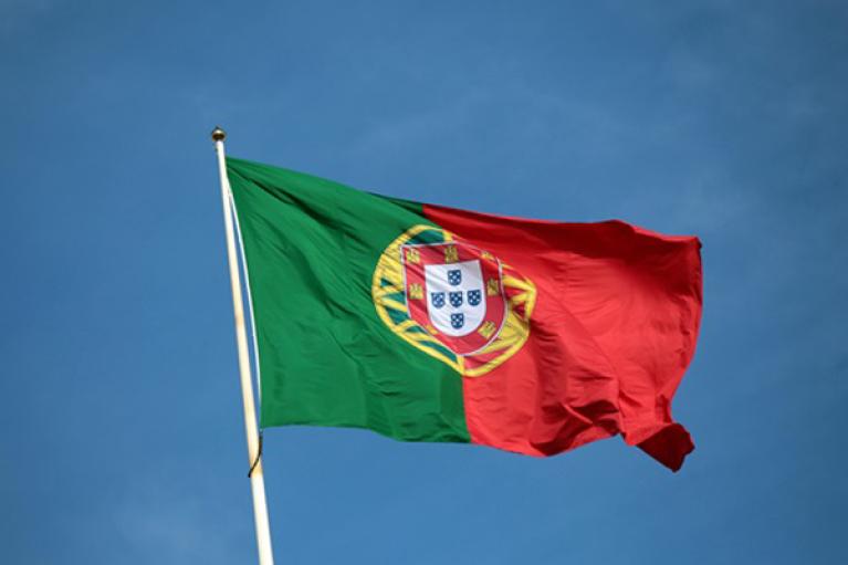 Португалия снова открывает границы для граждан Украины