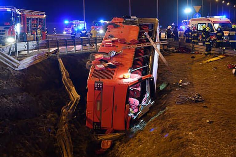Смертельна ДТП автобуса з українцями в Польщі: в МЗС назвали попередню причину