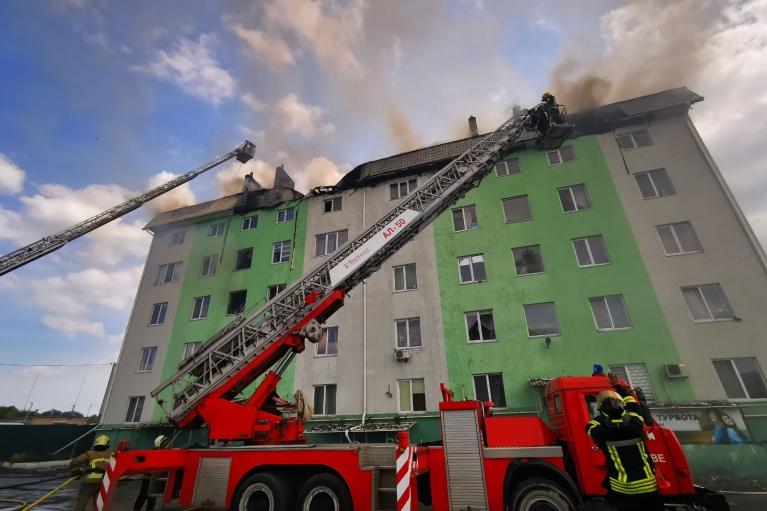 Зеленский выразил соболезнования близким погибшего от взрыва в Белгородке