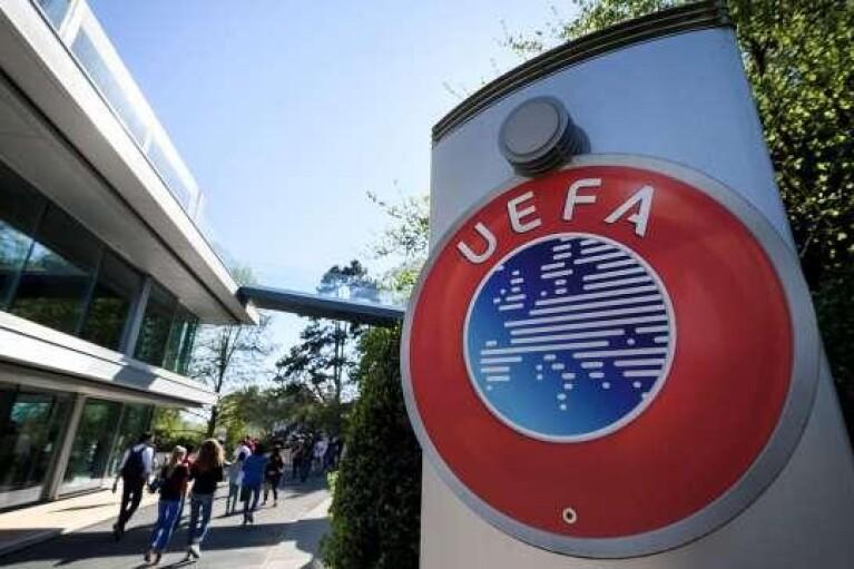 Правило п'яти замін в новому футбольному сезоні вже затверджено виконавчим комітетом УЄФА