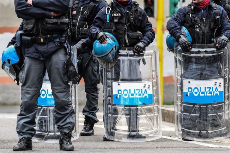 Крестные отцы. Как итальянская мафия зарабатывает на пандемии