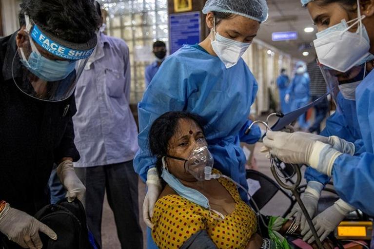Індія б'є рекорди смертності від COVID-19