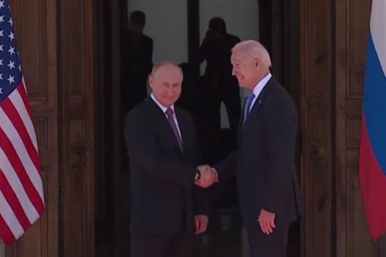 Зустріч Байдена з Путіним у вузькому складі завершилася
