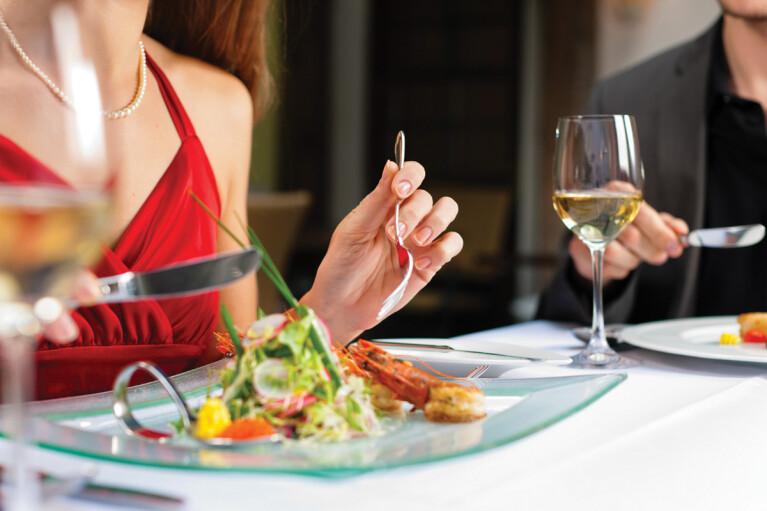 В КГГА сказали, когда разрешат ресторанам Киева принимать гостей на летних террасах