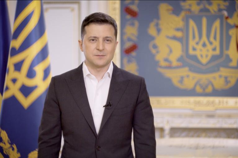 Эскалация на Донбассе: Зеленский считает, что Россия тестирует и запугивает Запад
