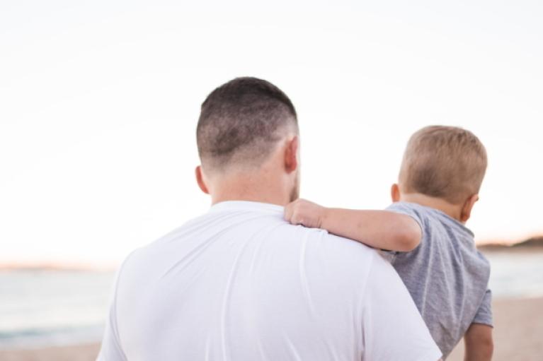 В Украине уравняли права матери и отца в получении декретного отпуска