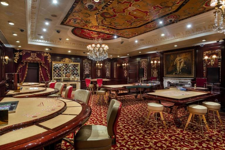 """С сегодняшнего дня в отеле """"InterContinental Kyiv"""" работает первое легальное казино столицы"""