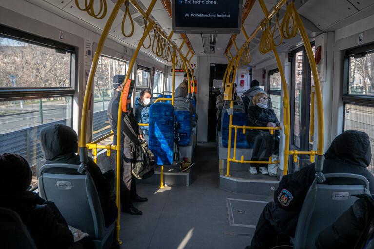 """В """"красном"""" Житомире не будут останавливать общественный транспорт"""