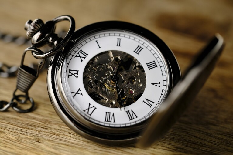 В Україні не планують вводити місцевий час, — Шмигаль