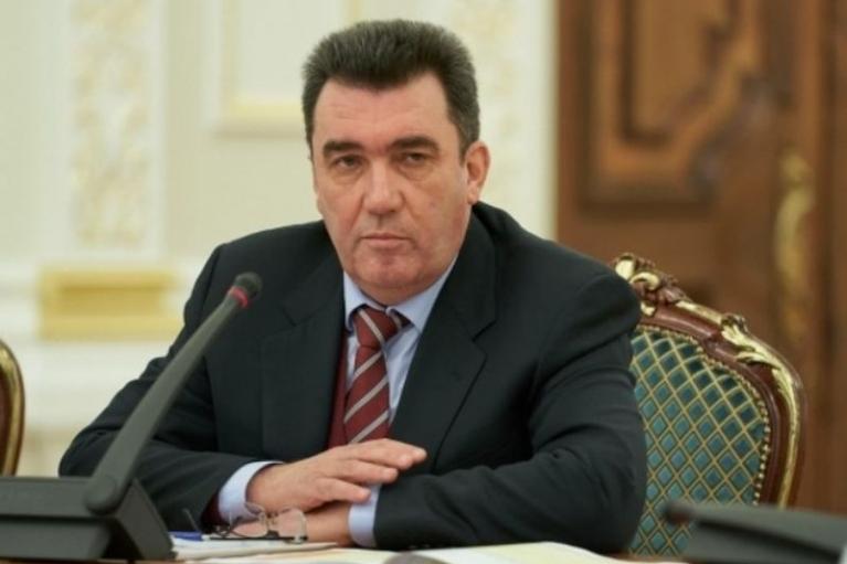 """Не приносить результатів: Данілов заявив, що з """"Мінськом"""" потрібно щось робити"""