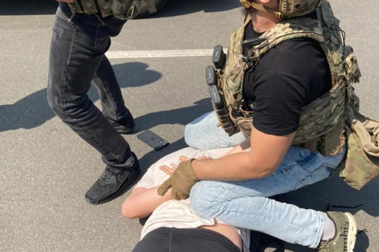 Сбывали контрабандный кокаин: СБУ отчиталась о ликвидации банды-иностранцев-наркодилеров