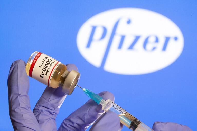 В Молдове предварительно одобрили вакцинацию подростков вакциной Pfizer