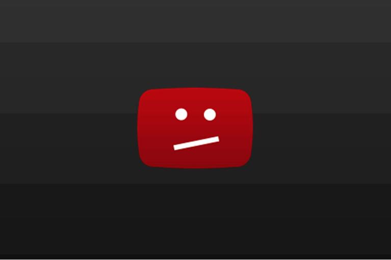 Зеленський розповів, що від YouTube просять довічно забанити канали Козака-Медведчука