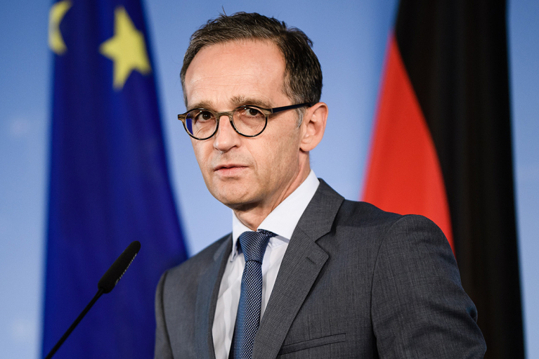 """У Німеччині обіцяють захистити Україну від """"газового тиску"""" Росії"""