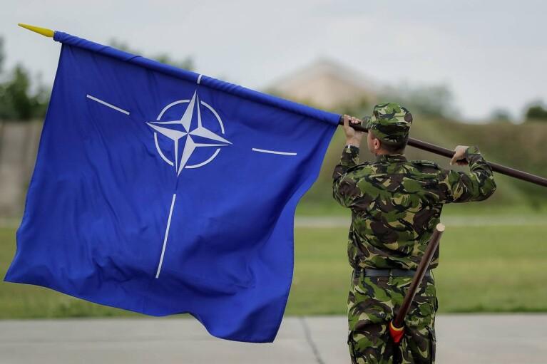 Хватит о ПДЧ. Почему Зеленскому стоит перестать говорить о НАТО
